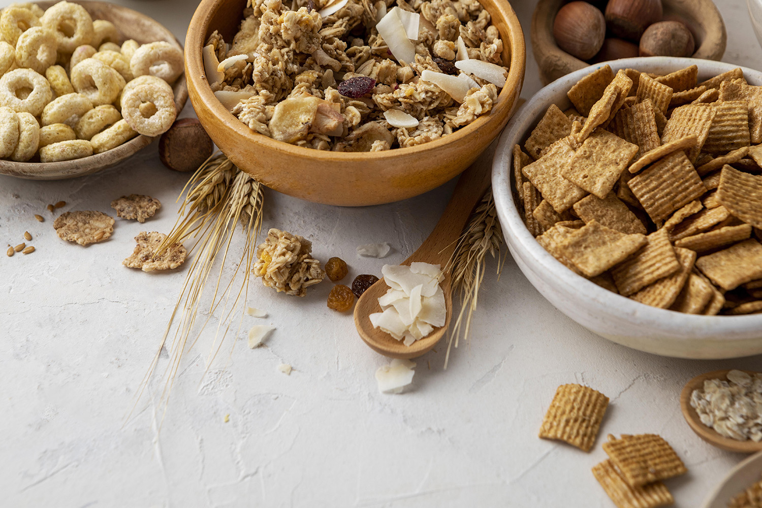 high-angle-bowls-with-assortment-breakfast-cereals
